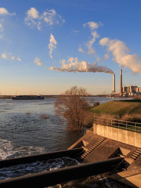 Die Emscher-Mündung in Dinslaken. Foto: Sven Breszyk /EGLV